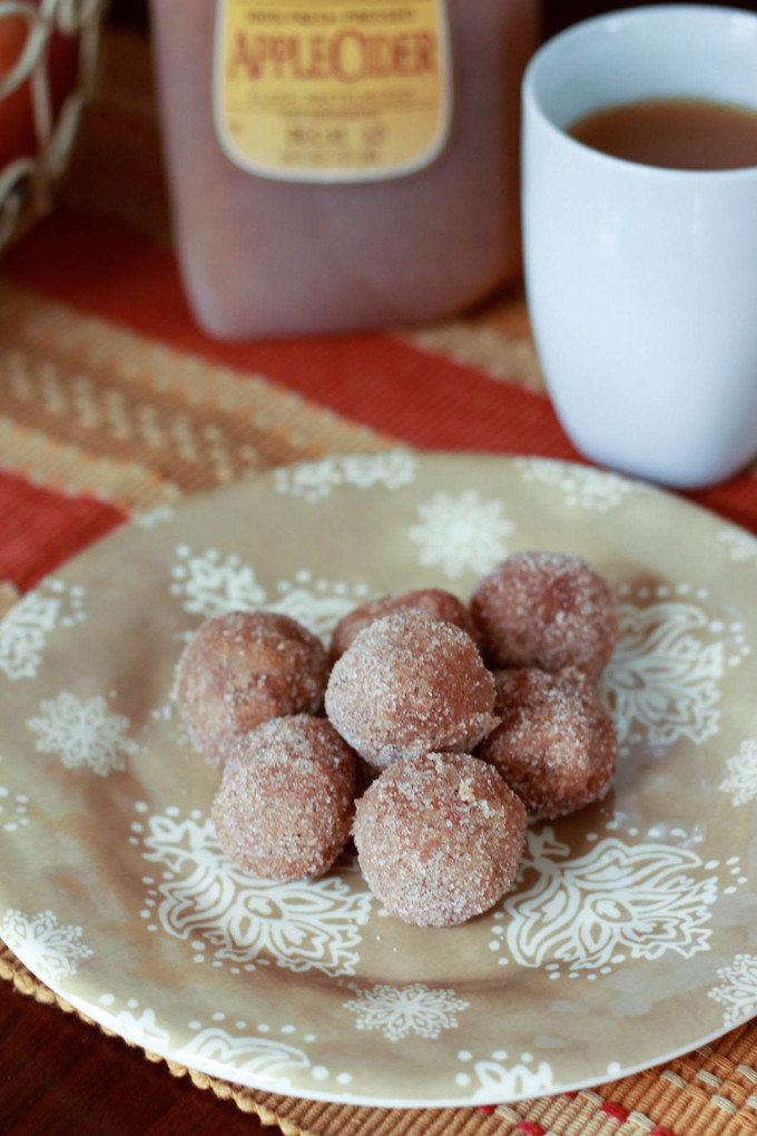 Apple Cider Donut Holes | simplerootswellness.com