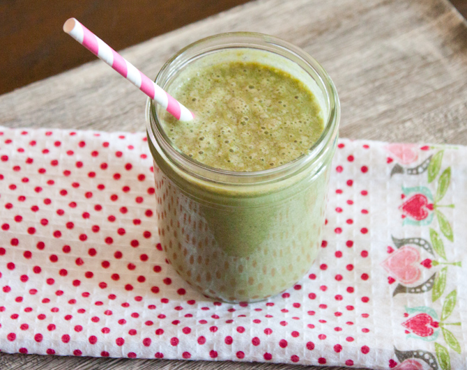 Healing Green Smoothie | simplerootswellness.com