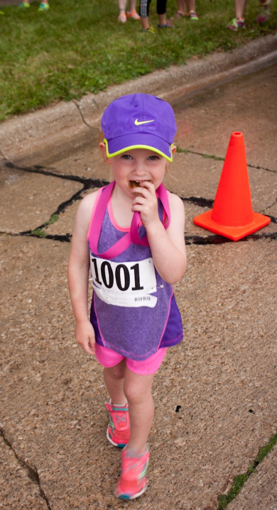 Ava Schirm Race Photo | Party In Pink 5k