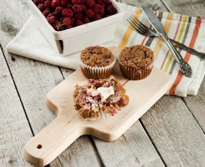 Raspberry Muffins | simplerootswellness.com