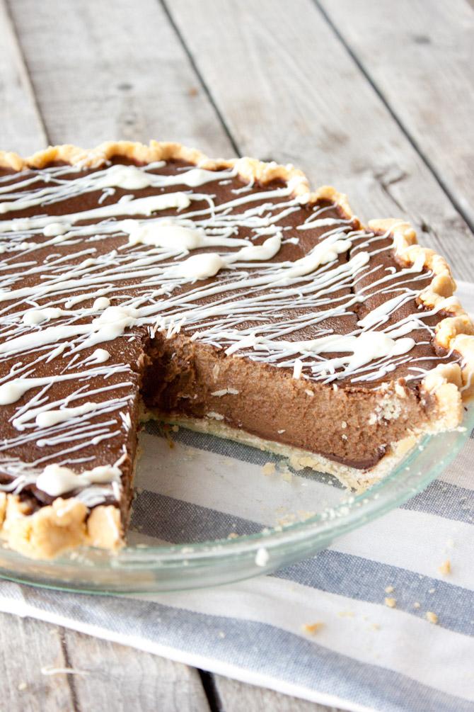 Paleo Double Chocolate Pumpkin Pie | simplerootswellness.com