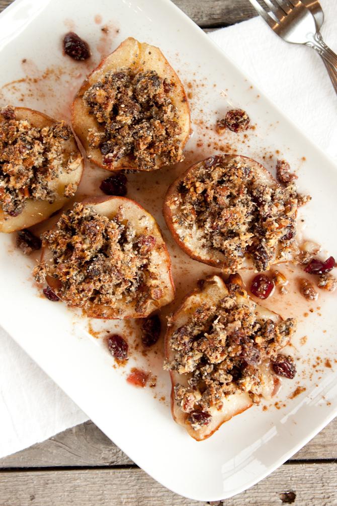 Cranberry Crisp Stuffed Pears | simplerootswellness.com