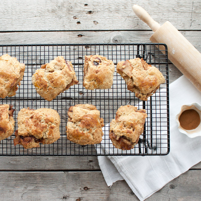 Grain Free Apple Pie Biscuits | simplerootswellness.com