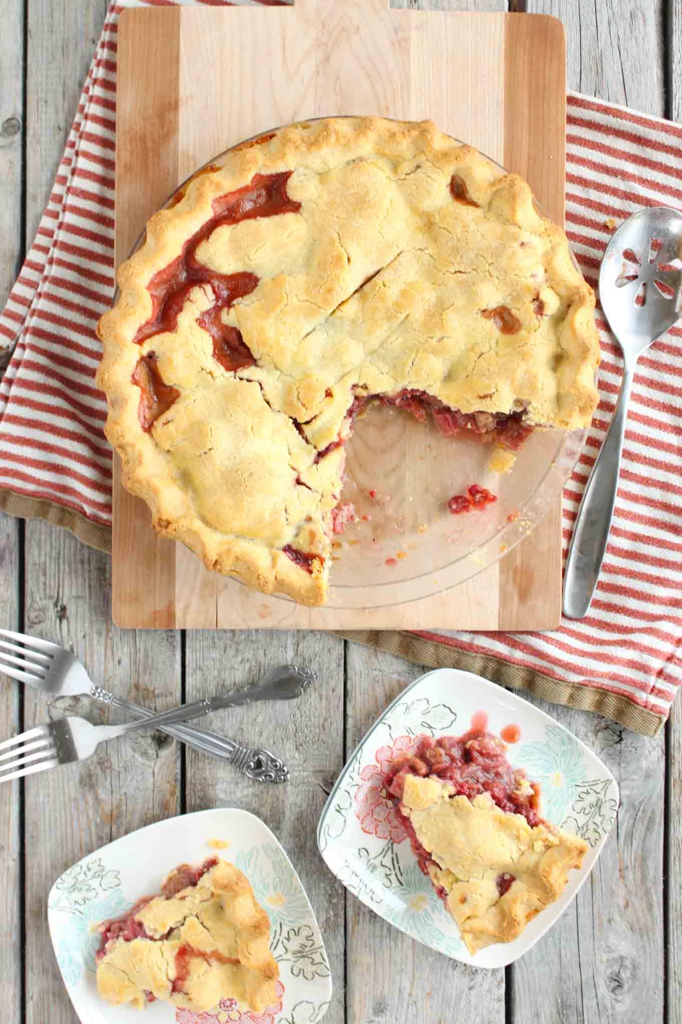 raspberry-rhubarb-pie-2