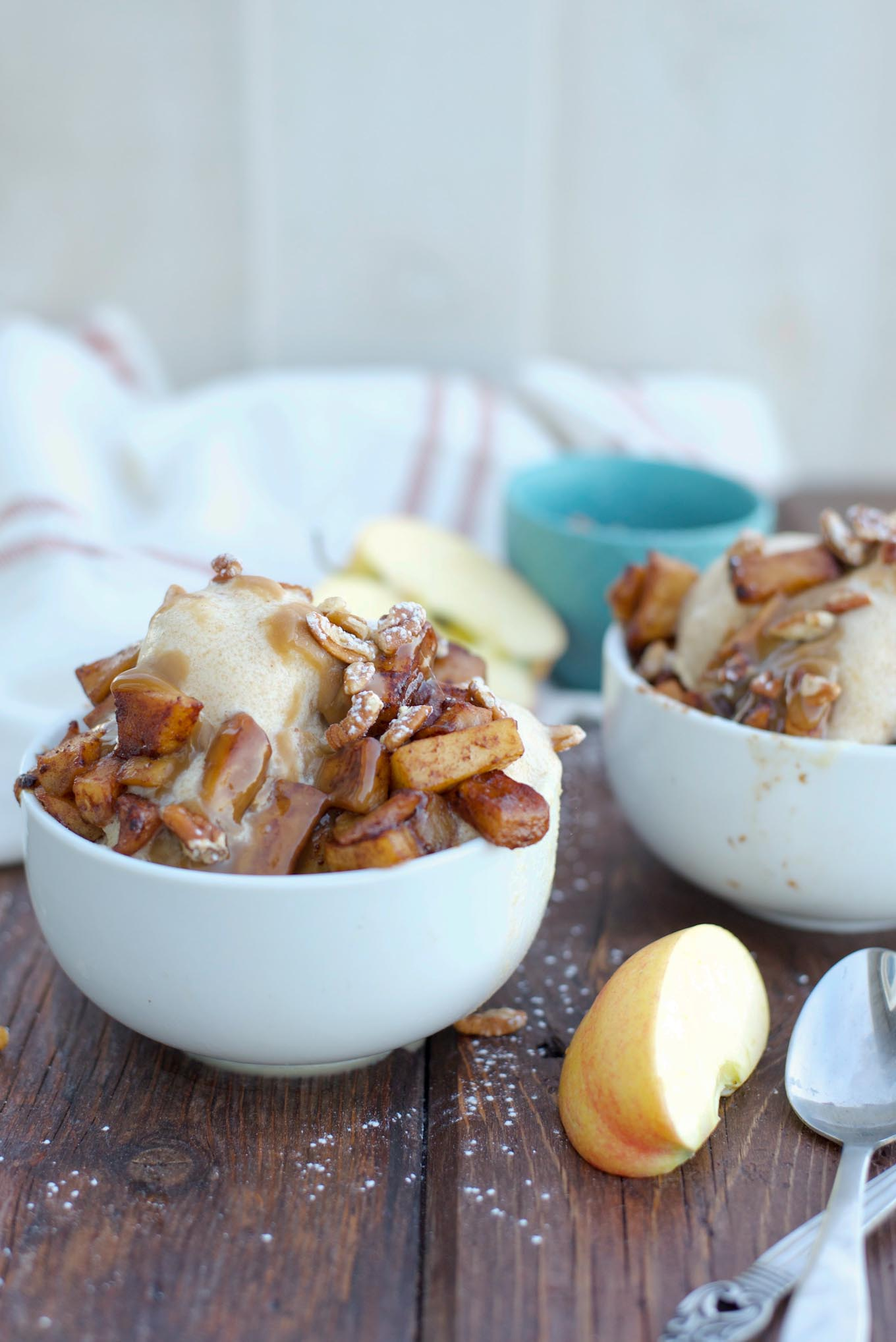 Caramel Apple Cider Ice Cream with Caramelized Apples ...