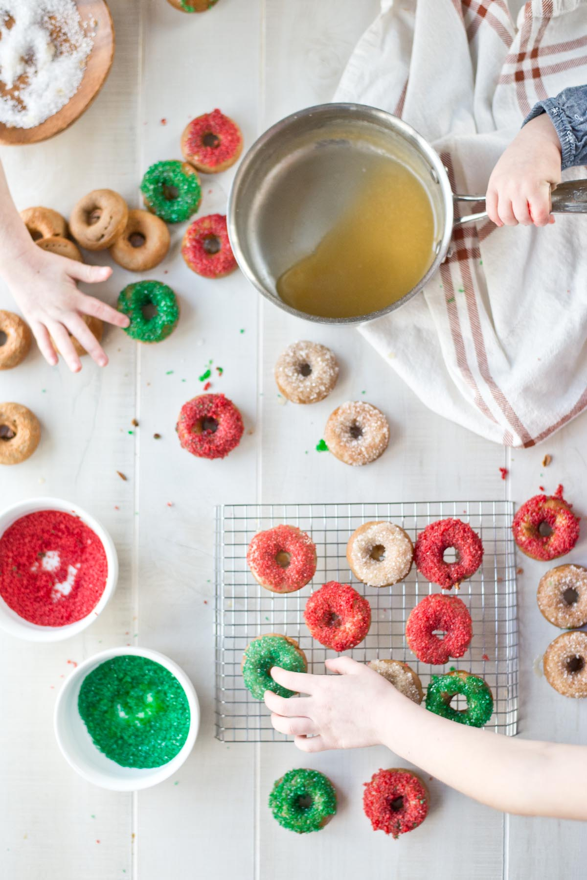 Quick, easy and delicious chai spiced paleo donuts made in less than 20 minutes.