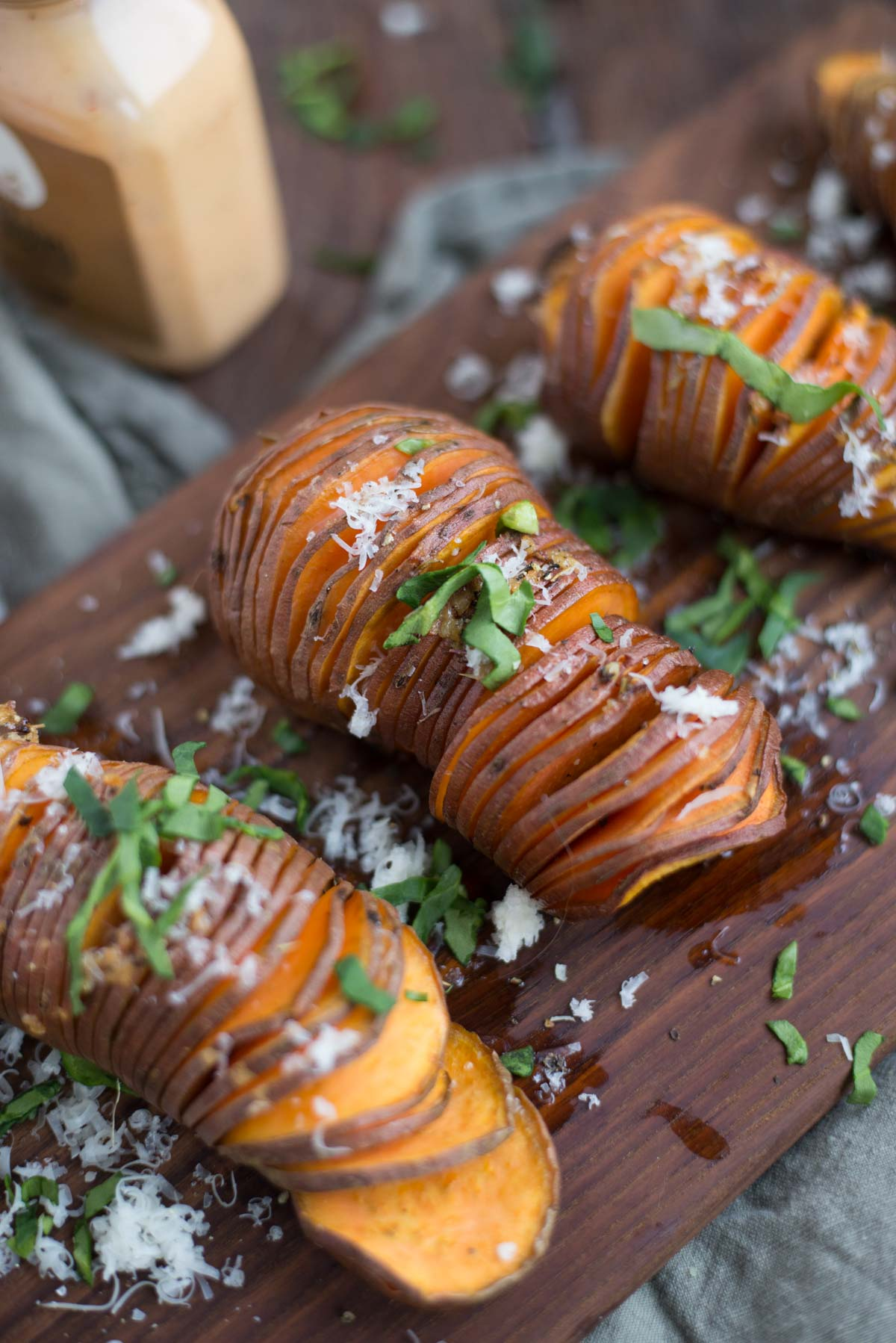 Even non-sweet potato eaters will fall in love with this recipe. Between the slightly crisp pieces and the garlicky basil sauce they are sure to fall in love. Get this quick recipe here.