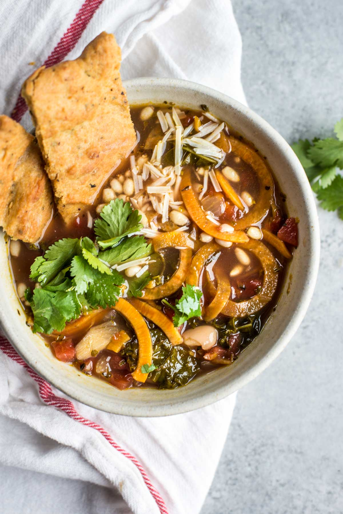 20 minutes to this nutrient dense winter detox soup that tastes delicious.