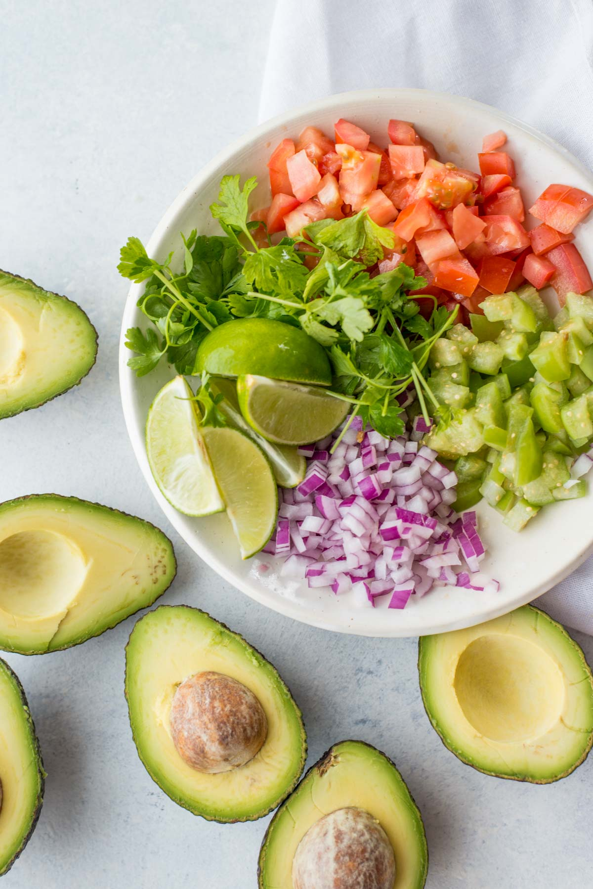 This 5 minute guacamole recipe is your answer to any meal.