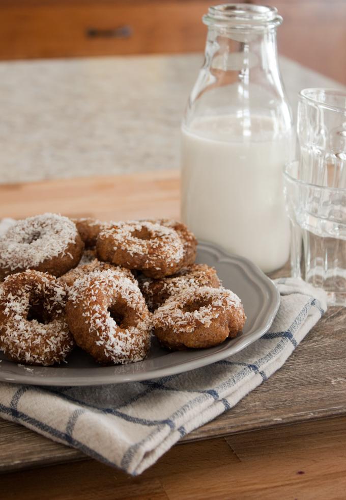 Cinnamon-Roll-Donuts-2