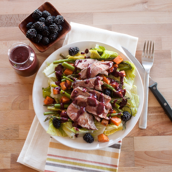 Spring Blackberry Steak Salad | simplerootswellness.com