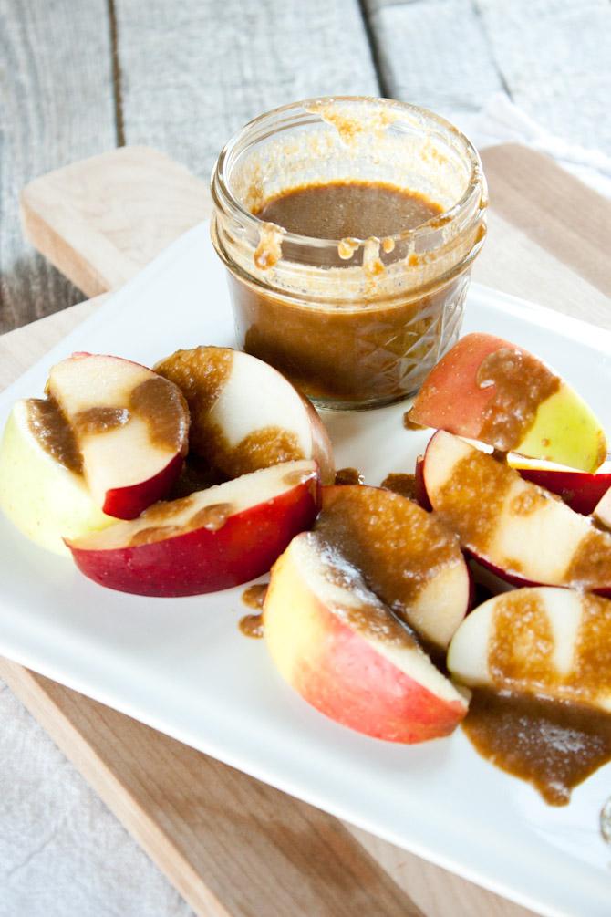 Coconut Milk Caramel Sauce | simplerootswellness.com