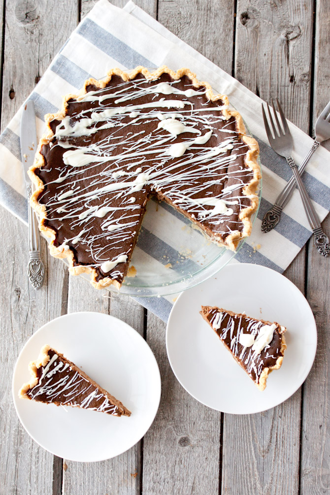 Paleo Double Chocolate Pumpkin Pie | simplerootswellness.com