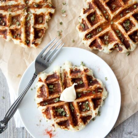 Mashed Potaffles | simplerootswellness.com