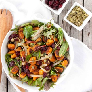 The Best Salad Ever | simplerootswellness.com