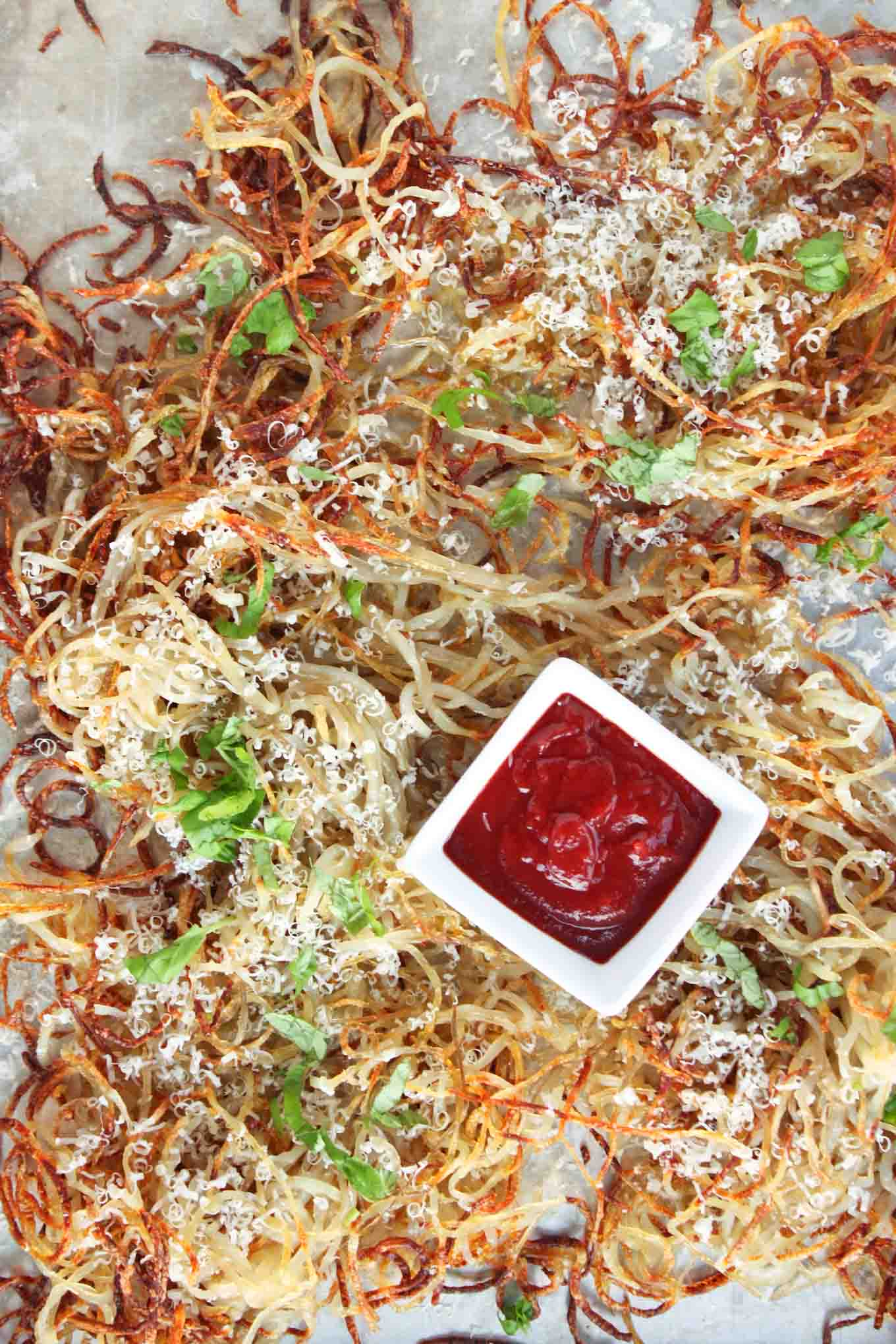 Oven Baked Basil Parmesan Shoestring Fries | simplerootswellness.com