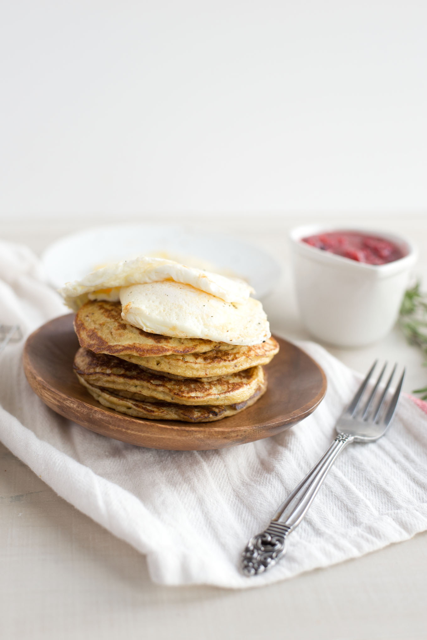 Quick 5 minute blender pancakes with bacon and cheddar. Need I say more?