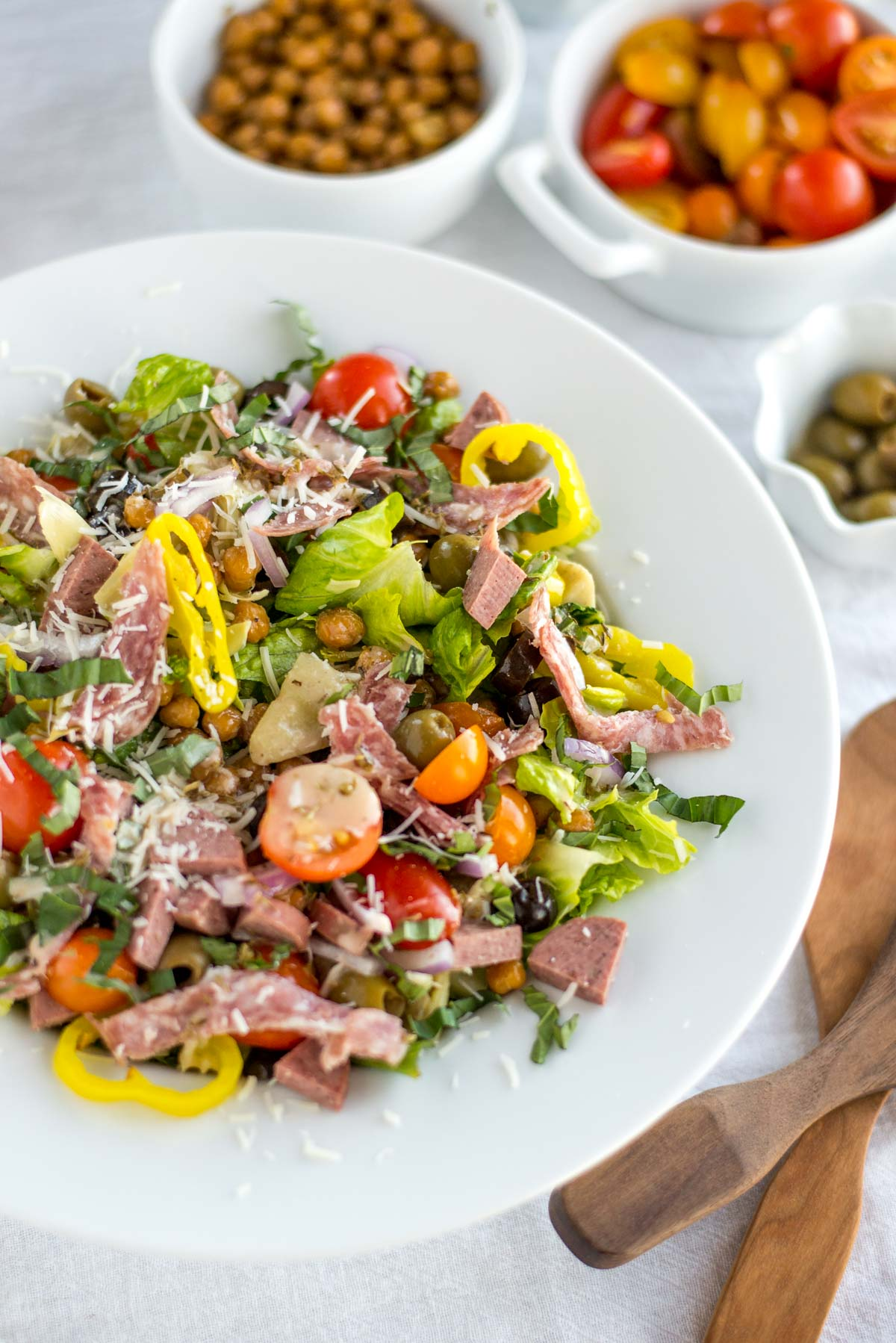 Looking for an easy and clean weeknight dinner? Look no further than this easy, family friendly Italian chopped salad.