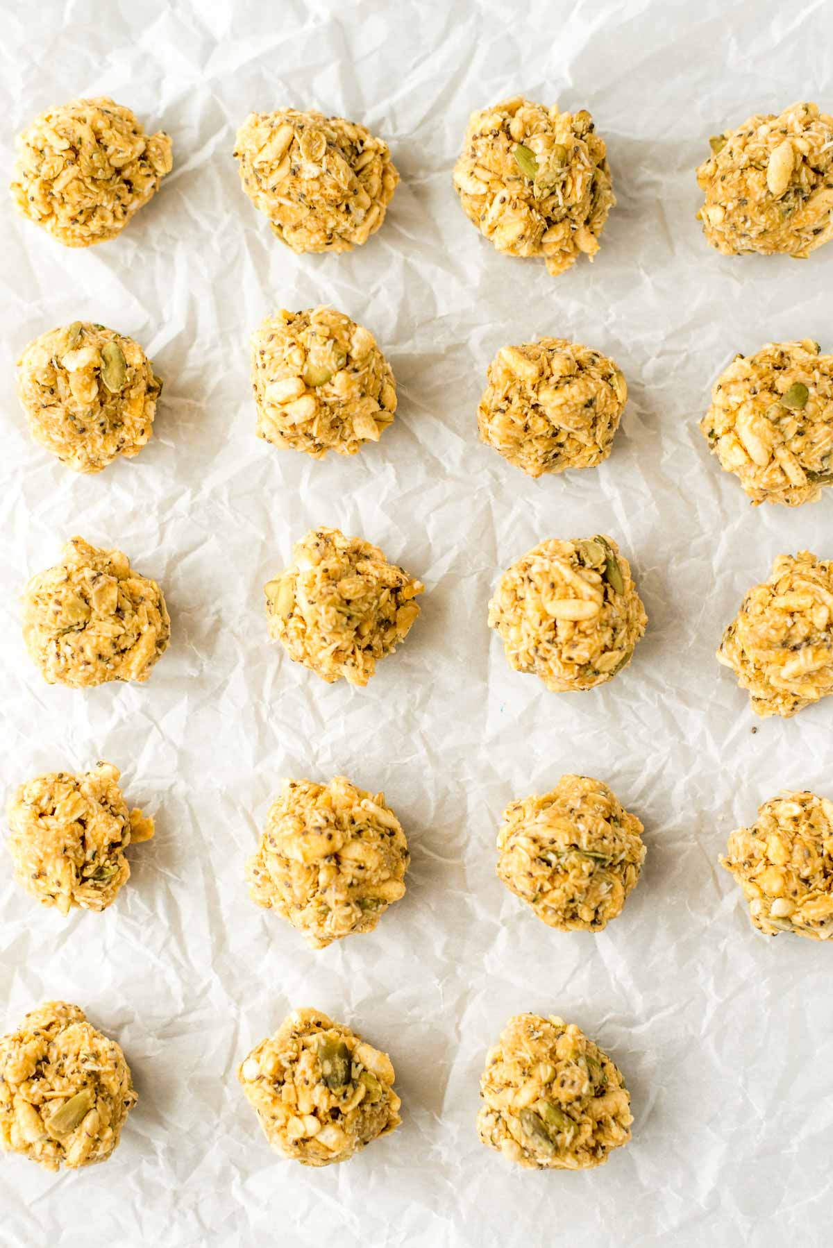 Healthy and homemade energy bites made in 10 minutes. This is the peanut butter chocolate treat you've been looking for.