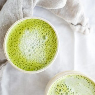 This fat burning matcha latte will change your morning. Made in under five minutes.