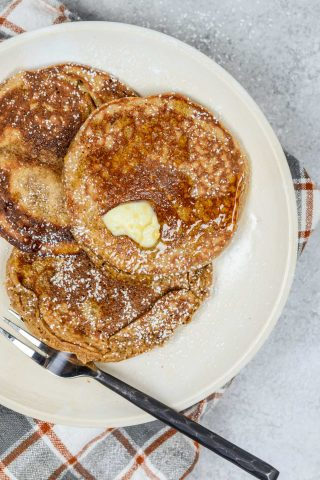 Healthy Blender Gingerbread Protein Pancakes | simplerootswellness.com #breakfast #christmas #protein