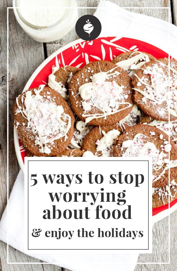 Five Ways to Stop Worrying About Food and Enjoy the Holidays | simplerootswellness.com #podcast #healthholidays #healthtip #weightloss #mindset