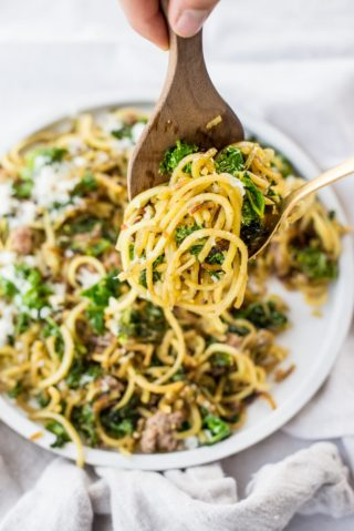 Why You Don't Binge On Broccoli | simplerootswellness.com #podcast #health #weightloss #metabolism #easy #binge #cravings