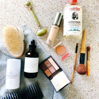 Safe & Natural Fall & Winter Skincare Routine | simplerootswellness.com #skincare #health #acne #healthtip #healthlifestyle #skincareroutine