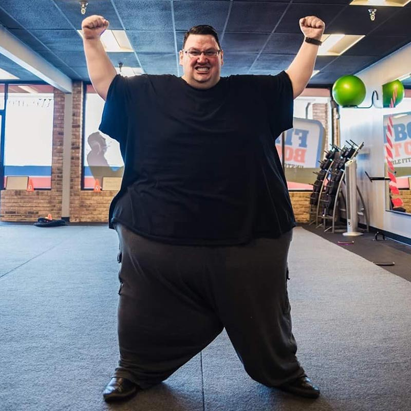 How to Love Yourself at 687 pounds | simplerootswellness.com #selflove #weight #weightloss #health #healthy #diet #exercise #therapy