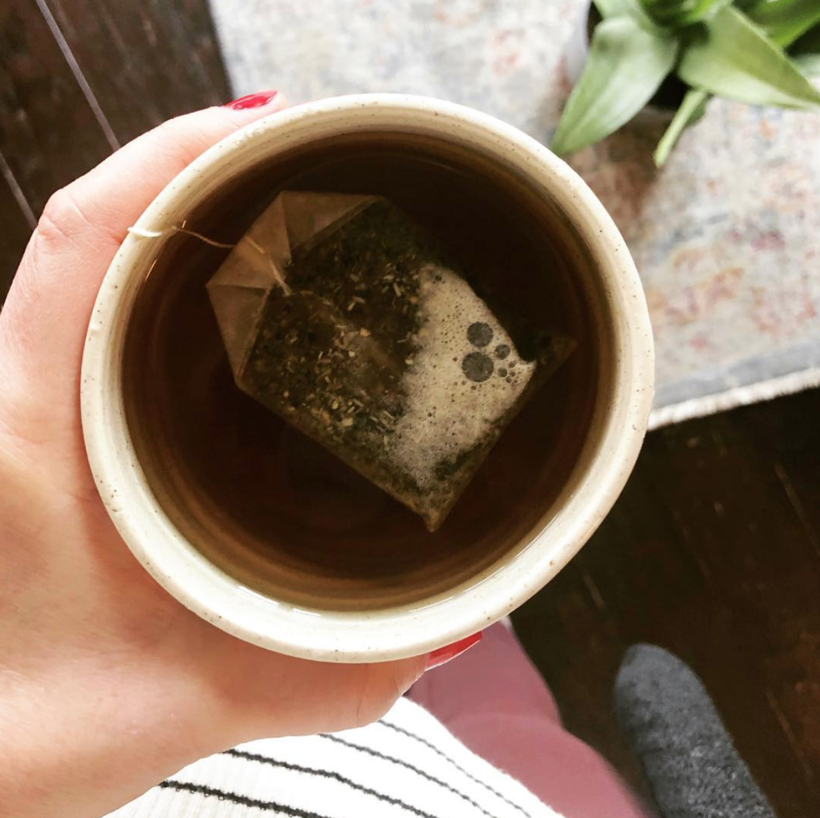 5 Immune Boosting Teas To Try Today | simplerootswellness.com #tea #healthy #immune #immunity #health #wellness #easy #simple #weight #wellness