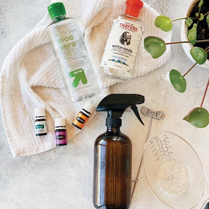 Natural Sun Soothing Spray Recipe | www.simplerootswellness.com #sun #soother #natural #sunscreen #safe #DIY #essentialoils