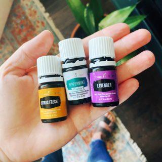7 Ways to Use Essential Oils for Health | simplerootswellness.com #podcast #essentialoils #healthy #easy #wellness #homemade